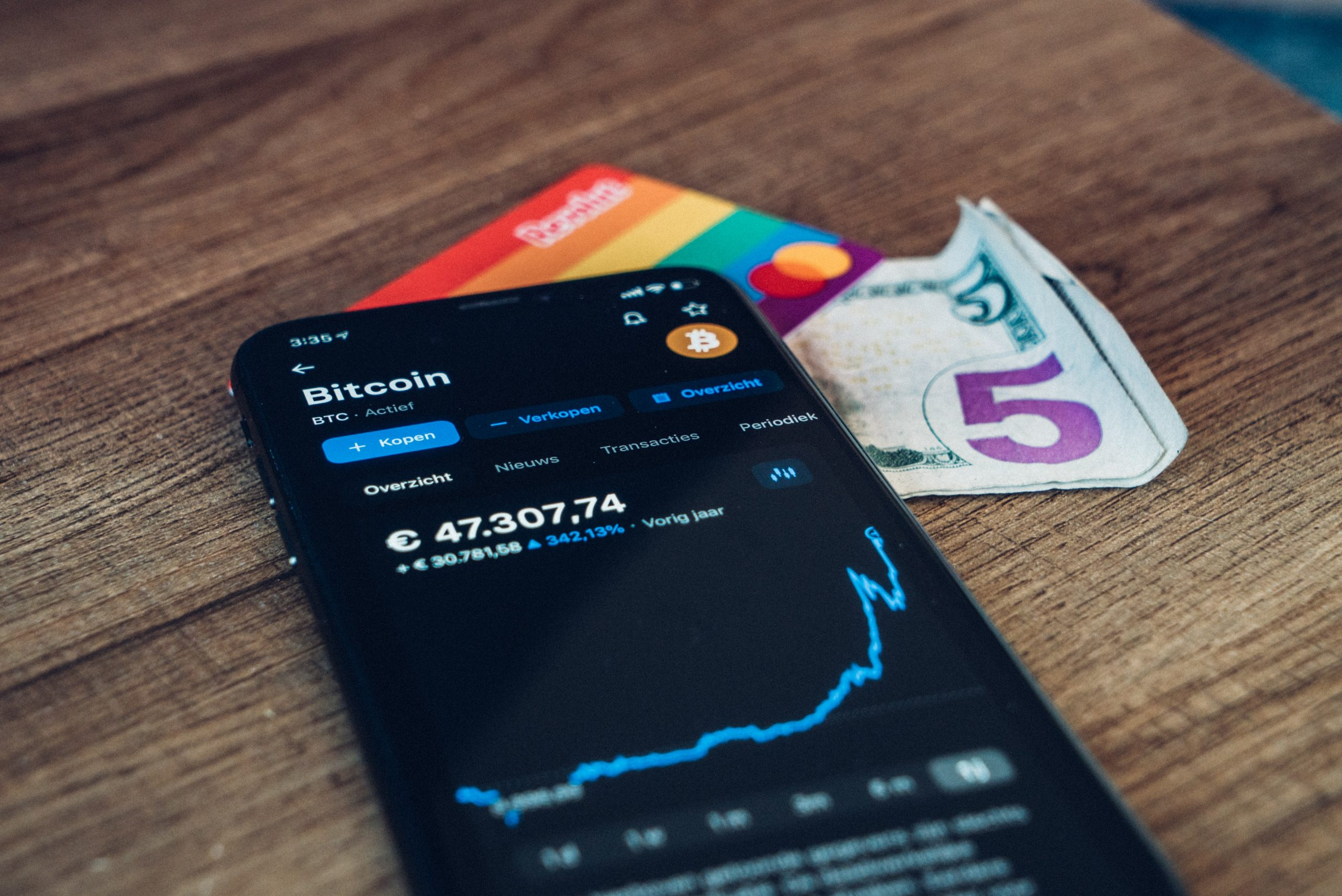 5 Cryptocurrency Banking Trends You Must Know About | lpntoken.io