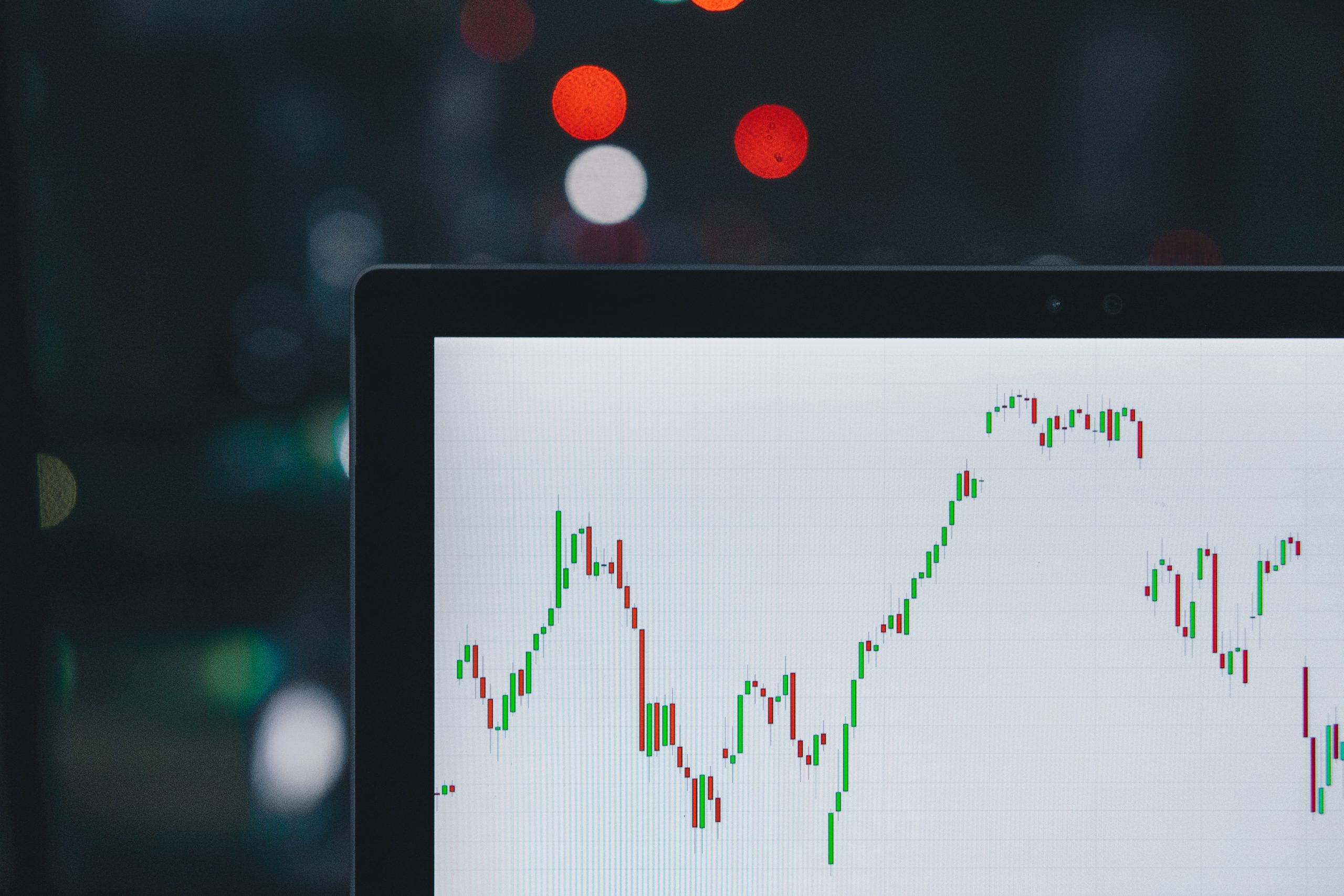 CFDs and Exchanges – Two Mediums of Cryptocurrency Trading